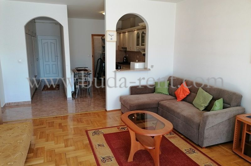 Close to City center & Árkád,1 room+Living room