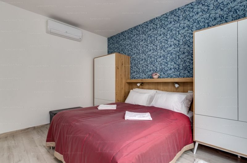 6.District,Close to Opera & Oktogon, 1 room+Living room with swimming pool